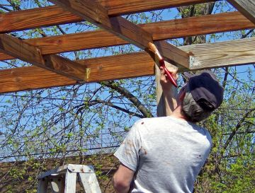 Tagatz Painting Co. stains decks in Dunsmuir and fences